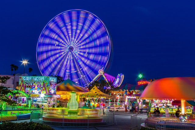 amusement-park-blue-sky-carnival-2884693